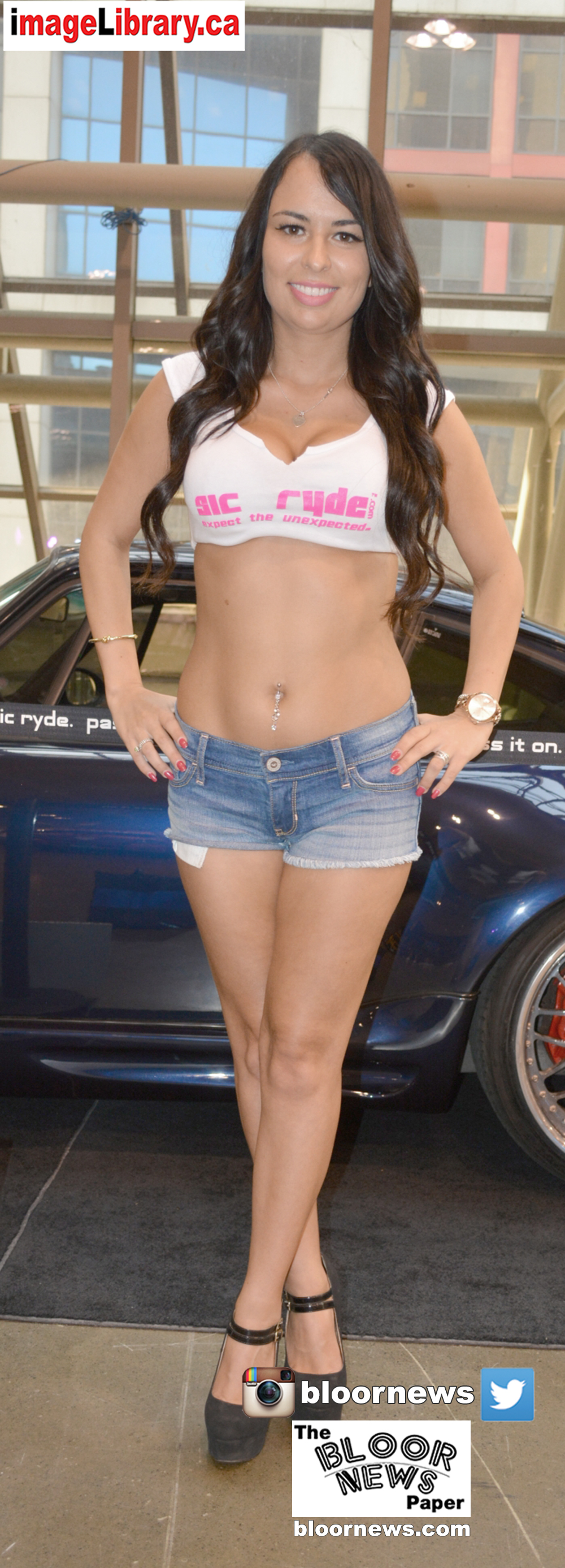 DSC_0128_569DSC_0128car-girls